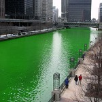 300px-Chicago_River_dyed_green,_focus_on_river